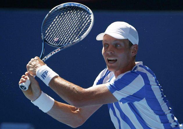 Tomáš Berdych v utkání 3. kola Australian Open proti Damiru Džumhurovi.