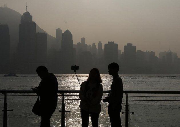 Hongkong, město, které roste do výšky. Prostor je omezený a lidí více a více. Své o tom ví i běžci.