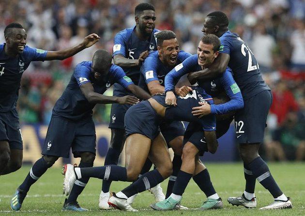 Je konec! Francouzské oslavy můžou začít.