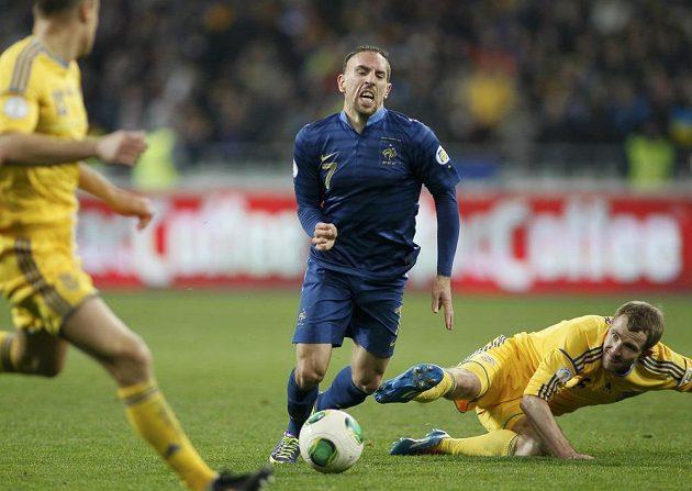 Francouz Franck Ribéry během zápasu s Ukrajinou.
