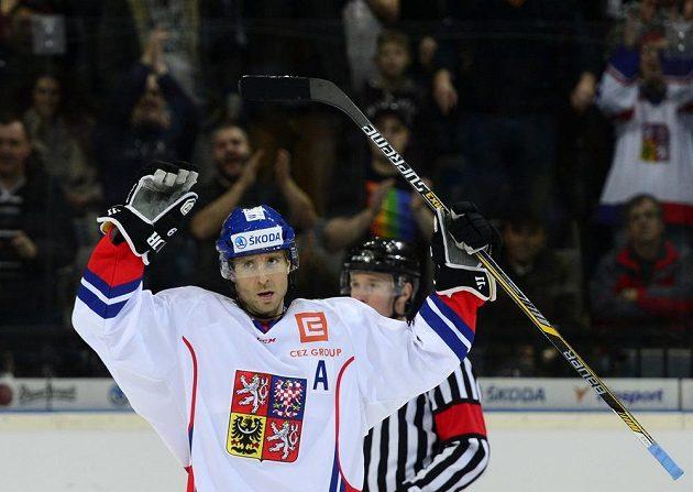 Martin Ručinský se raduje z vítězství domácího celku v druhém utkání s Ruskem.