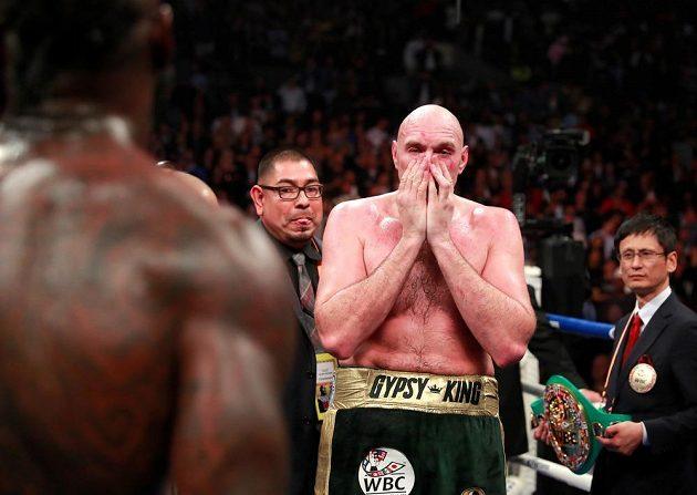 Boxer Tyson Fury s Wilderem remizoval a titul organizace WBC nezískal.