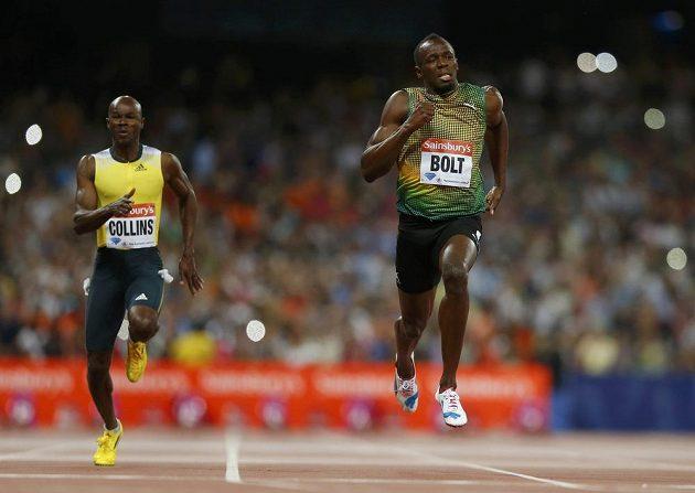 Usain Bolt v závodě triumfoval časem 9,85.