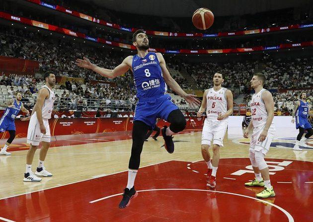 Tomáš Satoranský (8) proti Polákům
