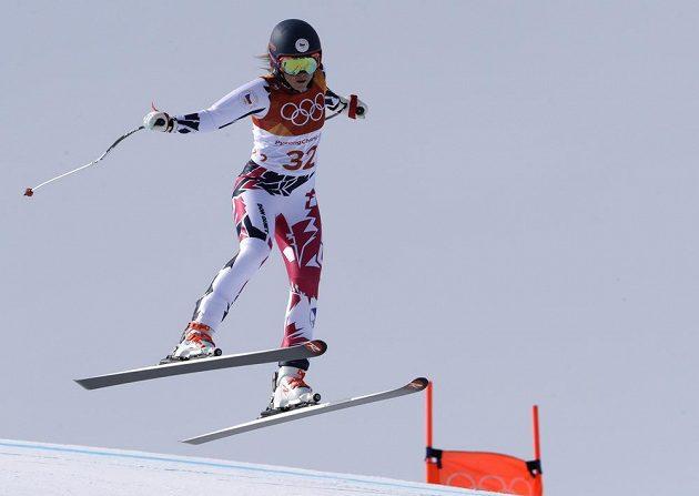 Česká lyžařka Kateřina Pauláthová na trati kombinačního sjezdu.