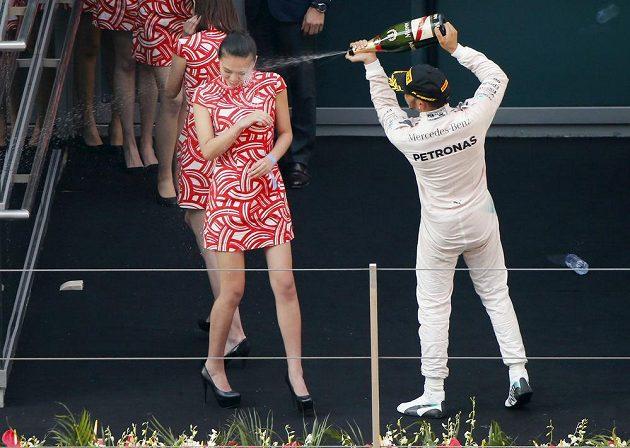 Hamiltonova radost nebrala konce.