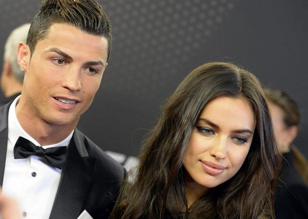 Cristiano Ronaldo a jeho žena, ruská modelka Irina Šajková.