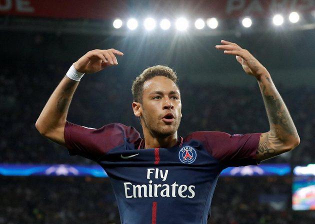 Neymar z PSG při utkání s Bayernem.
