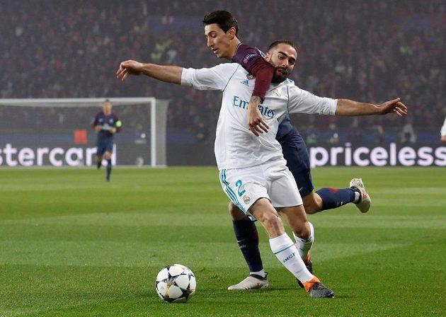 Fotbalista Realu Madrid Dani Carvajal byl v utkání Ligy mistrů uhlídán Angelem Di Mariou z PSG i za cenu nedovoleného zákroku
