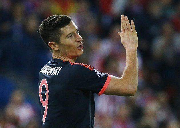 Robert Lewandowski z Bayernu při utkání s Atlétikem Madrid.