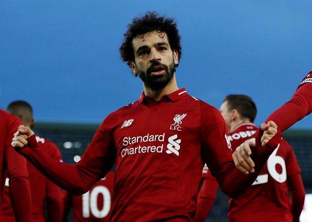 Liverpoolský Mohamed Salah proměnil penaltu.
