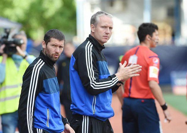 Asistent Ladislav Onofrej (vlevo) a hlavní trenér Olomouce Jiří Jílek po zápase s Teplicemi (6:0).