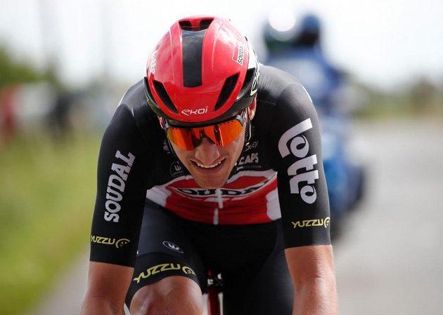 Nováček na Tour Brent Van Moer z Belgie během svého úniku ve 4. etapě.