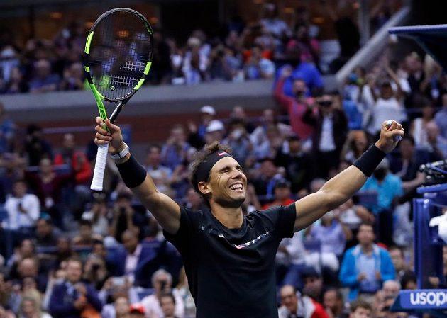 Radost Rafaela Nadala po posledním míčku.
