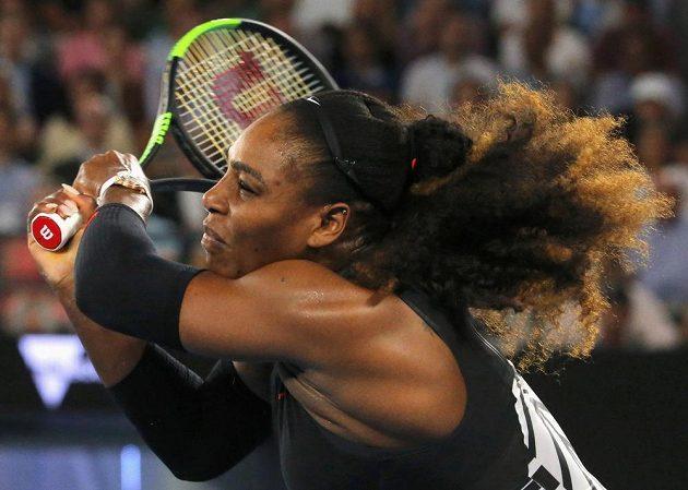 Serena Williamsová v utkání proti Lucii Šafářové.