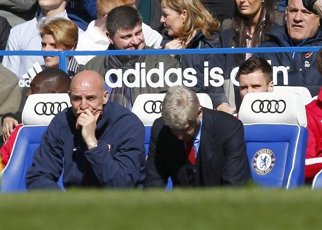 Kouč Arséne Wenger (vpravo).