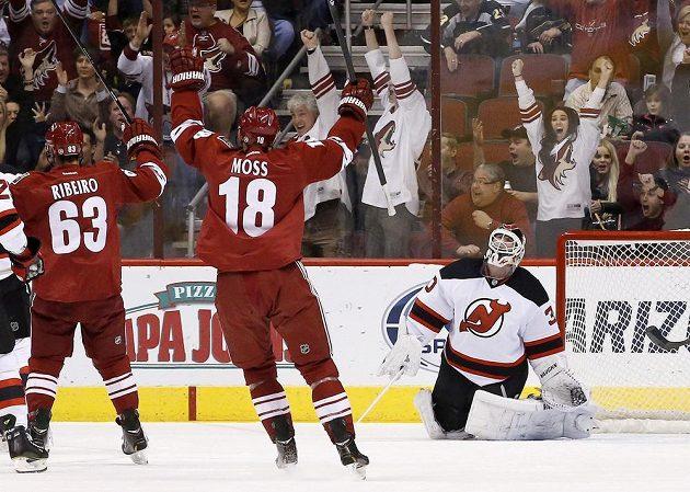 Hokejisté Phoenixu potvrdili slušnou formu a přehráli New Jersey.