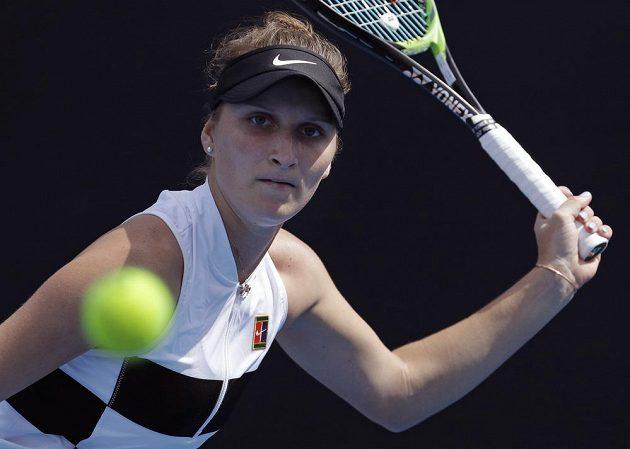 Česká tenistka Markéta Vondroušová se s Australian Open rozloučila ve druhém kole.