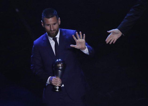 Argentinec Lionel Messi při vyhlašování hráče roku.