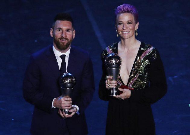 Hráči roku: Lionel Messi a Megan Rapinoeová.