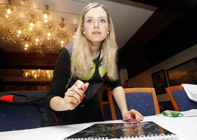 Česká biatlonistka Gabriela Soukalová při setkání s novináři během MS v Novém Městě na Moravě.