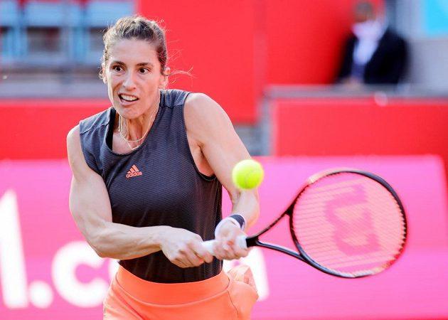 Německá tenistka Andrea Petkovicová při utkání s Petrou Kvitovou.