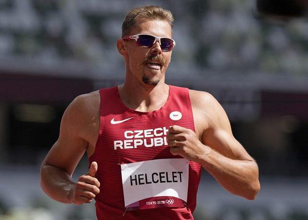 Český desetibojař Adam Sebastian Helcelet na Olympijském stadionu v Tokiu.