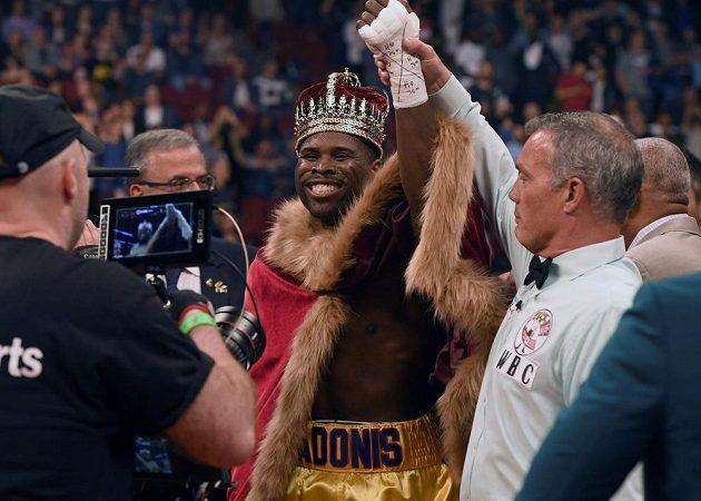 Šampiona WBC v polotěžké váze v Québecu knokautoval Ukrajinec Olexander Gvozdyk