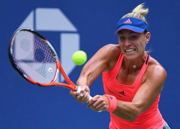 Němka Angelique Kerberová ve finále US Open proti Karolíně Plíškové.