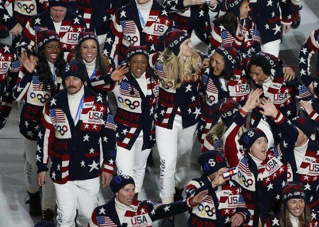 Američané představili v Soči při slavnostním zahájení her ´vlastenecké´ oblečení.