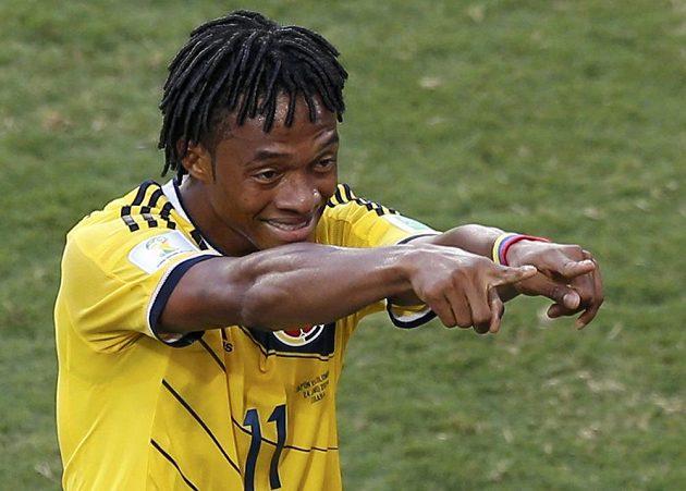 Kolumbijský záložník Juan Cuadrado se raduje ze vstřelení gólu proti Japonsku.