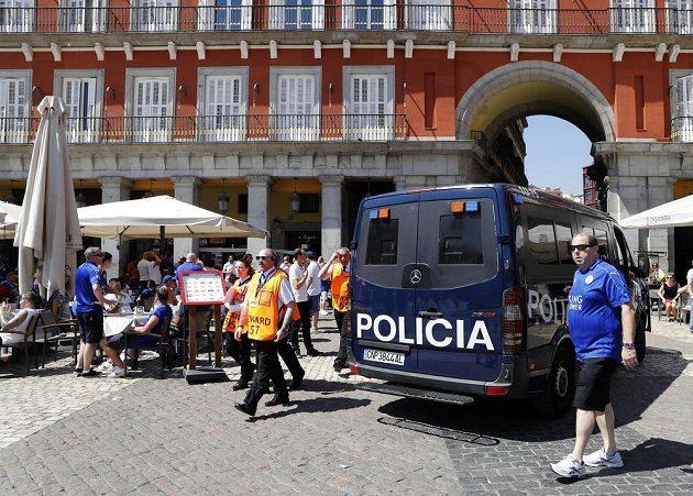 Policie v Madridu zasahovala proti fanouškům Leicesteru.