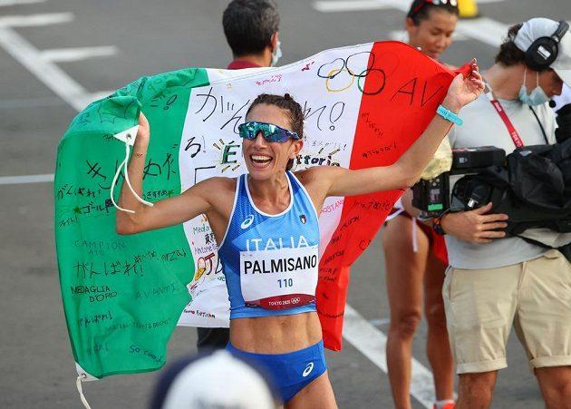 Olympijský chodecký závod žen na 20 kilometrů vyhrála v Sapporu Italka Antonella Palmisanová