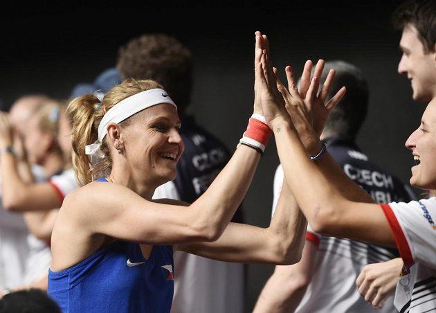 Lucie Šafářová se spolu s Barborou Krejčíkovou postarala o zisk čtvrtého bodu.