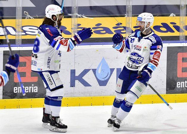 Zleva Peter Mueller z Brna a Jakub Klepiš z Brna, autor úvodního gólu.