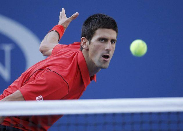 Novak Djokovič ze Srbska ve finále US Open proti Rafaelu Nadalovi ze Španělska.