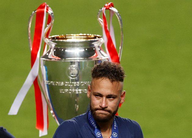 Smutný Neymar z PSG na titul v Lize mistrů nedosáhl.