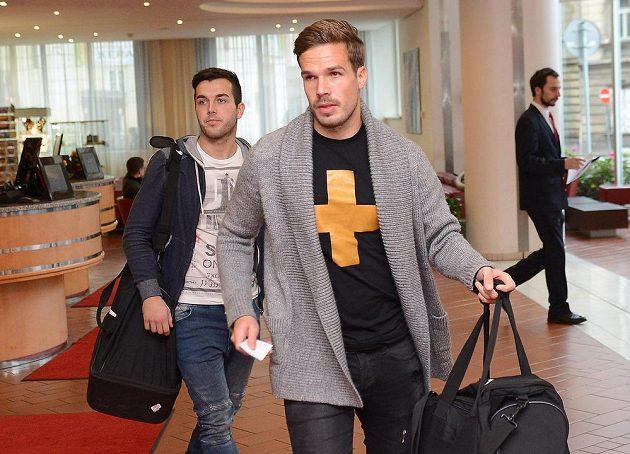 Filip Novák (vpravo) a Martin Pospíšil na srazu fotbalové reprezentace.