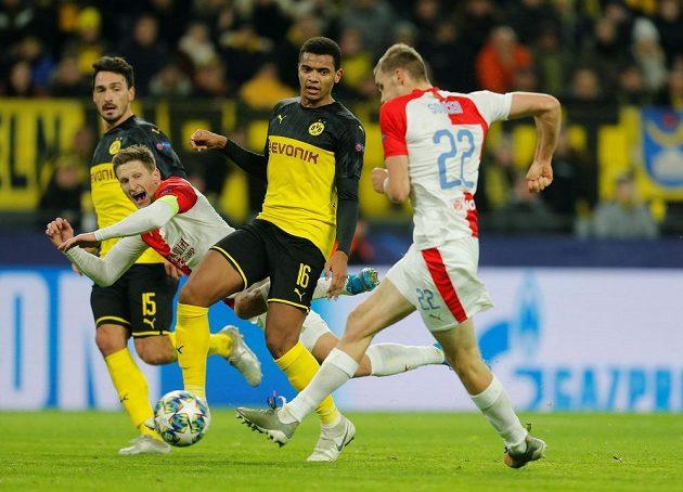 Tomáš Souček srovnáná skóre zápasu v Dortmundu na 1:1.