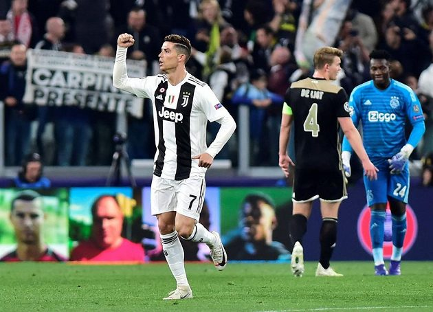 Cristiano Ronaldo překonal hostující obranu a poslal domácí tým do vedení