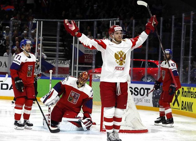 Michail Grigorenko zařídil vyrovnávací gól Rusů proti české reprezentaci.