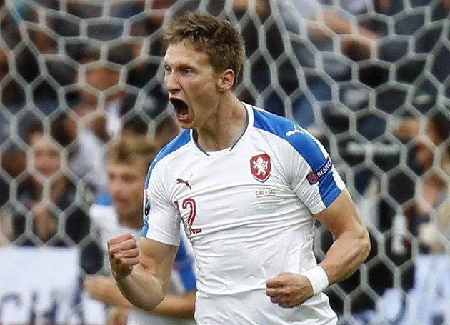 Milan Škoda se raduje z premiérového gólu české reprezentace na EURO.