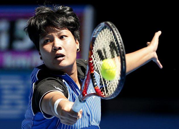 Thajská tenistka Luksika Kumkhumová tentokrát neměla proti Petře Kvitové šanci.