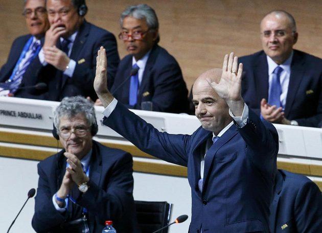 Nově zvolený prezident FIFA Gianni Infantino.