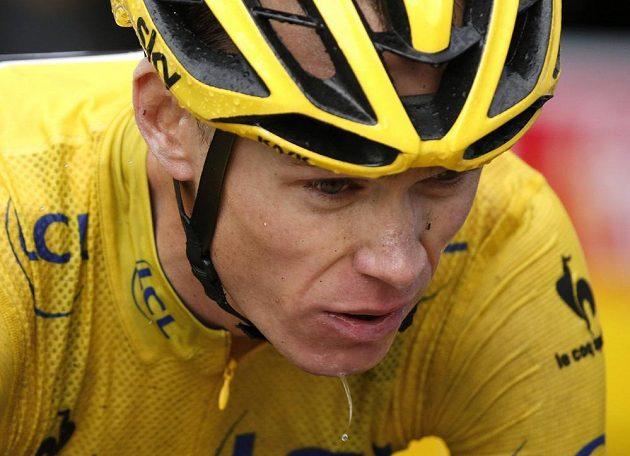 S náročnými podmínkami se musel vypořádat i Chris Froome, vedení si však i po 12. etapě Tour de France s přehledem pohlídal.