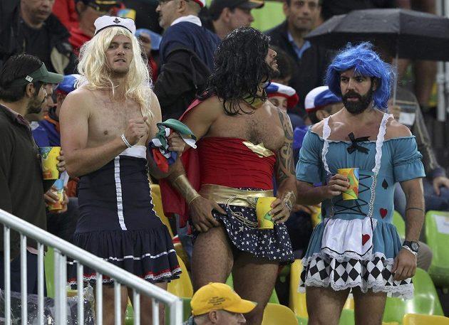 Na stadiónu Deodoro probíhá ragbiový zápas mezi USA a Brazílií, kdybyste to nepoznali...