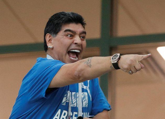 Legendární Diego Maradona během zápasu Argentiny s Chorvatskem.