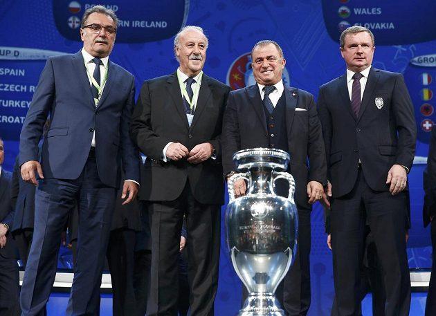 Trenéři reprezentačních týmů, které se střetnou v základní skupině D na EURO 2016: Zleva chorvatský kouč Ante Čačič, Vicente del Bosque (Španělsko), Fatih Terim (Turecko) a Pavel Vrba.