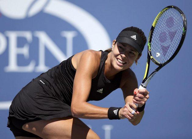 Ana Ivanovičová v utkání s Karolínou Plíškovou na US Open.