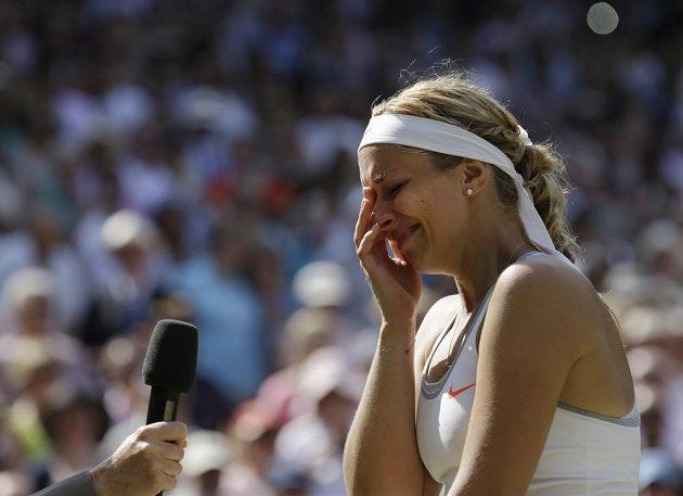 I při závěrečném hodnocení turnaje před londýnskými fanoušky se Lisická neubránila slzám.